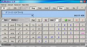 Kalkules na 2řádkovém displeji zobrazuje zadání i výsledek