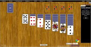 Výchozí nabízenou hrou je Klondike spolu s dalšími více než 50 variantami